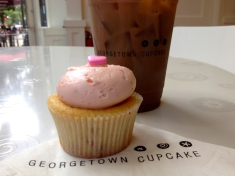 Cupcake and coffee, a perfect way to start any day!